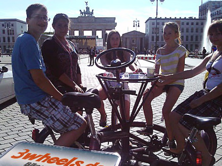 TeamBike Tour am Brandenburger Tor Berlin - 3wheels.de