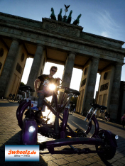 ConferenceBike Berlin - TeamBike Berlin am Brandenburger Tor - 3wheels.de