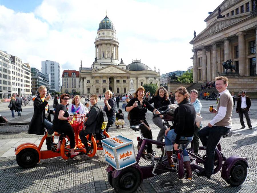 TeamBike - FunBike Event auf Konferenzrad Berlin - 3wheels.de