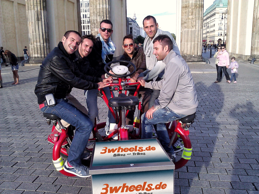 Junggesellenabschied Berlin - Conference Bike - 3wheels.de