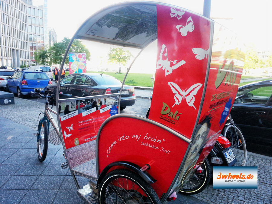 Rikscha Werbung mit Dali Berlin - Rikscha Marketing Berlin - 3wheels.de